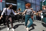 "27.04.2019 Marching band e balli lindy hop per i mercati di Torino • <a style=""font-size:0.8em;"" href=""http://www.flickr.com/photos/149799464@N05/32777971817/"" target=""_blank"">View on Flickr</a>"